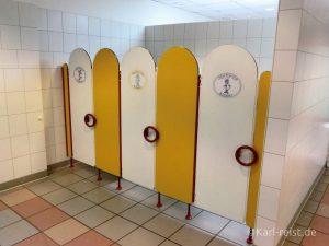 Sogar an Kindertoiletten in den Männer- und Damenwaschräumen wurde gedacht.