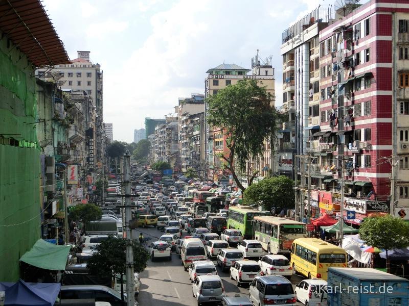 Stau in Yangon