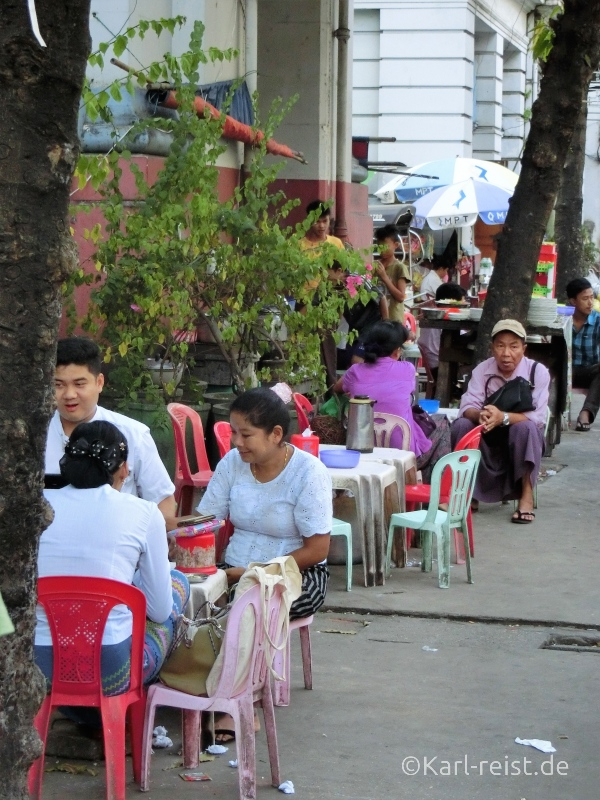 Straßenessen Yangon