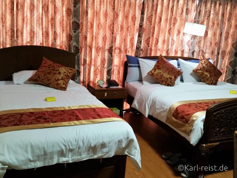 Betten Crystal Palace Hotel Yangon Superior Familienzimmer