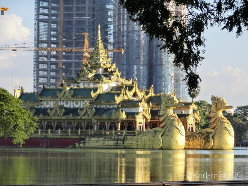Karaweik Hall vom Bogyoke Park Yangon