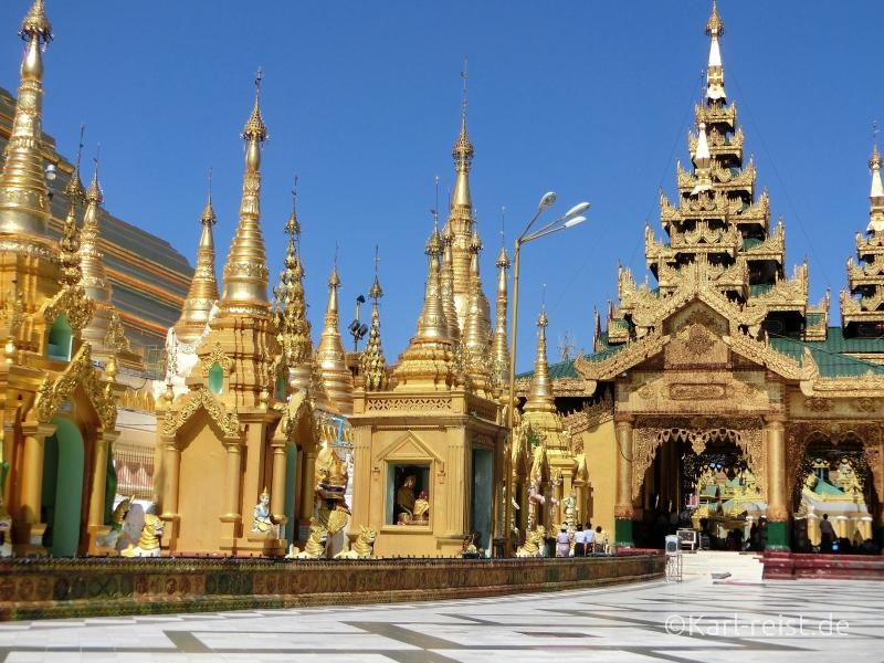 Osteingang Shwedagon Pagode