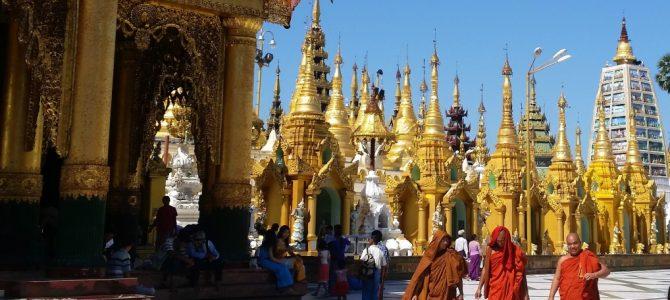 Erst zur Shwedagon Pagode, dann ins Krankenhaus