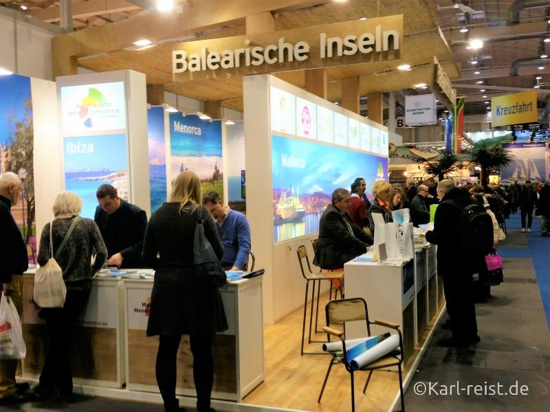 Spanischer Stand auf der Reisen Hamburg Messe