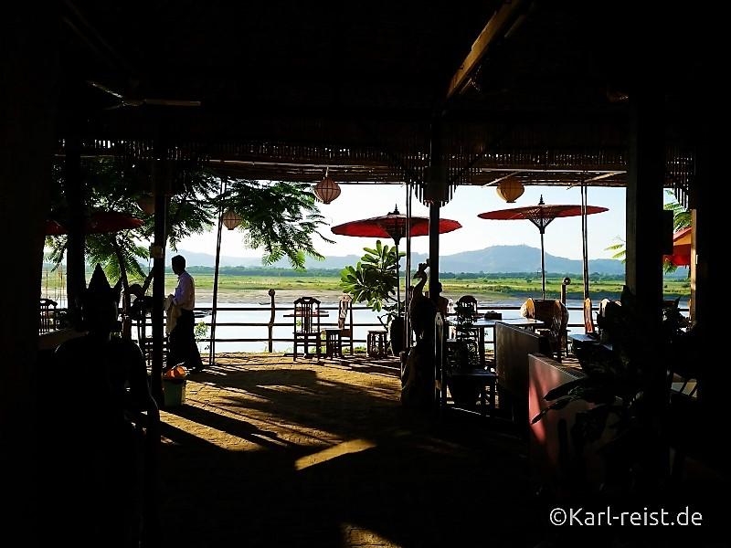 Der erste Blick auf den Irrawaddy Fluß.