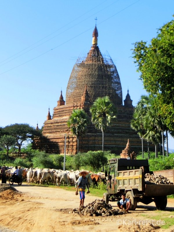 Bagan Tempel in Gerüst