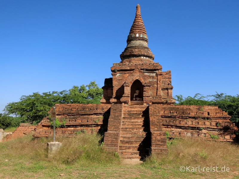 Einer der kleineren Tempel in Bagan