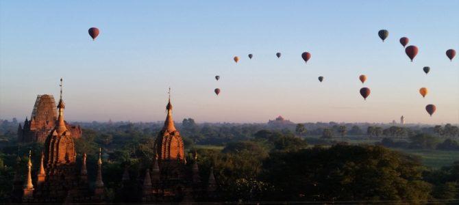 Der magische Sonnenaufgang in Bagan