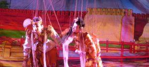 Marionetten beim Theater