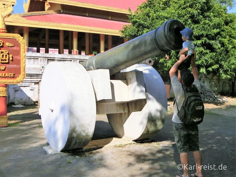 Kanone beim Mandalay Palace