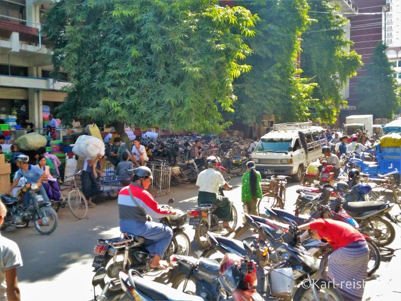 Parken am Zeygo Markt