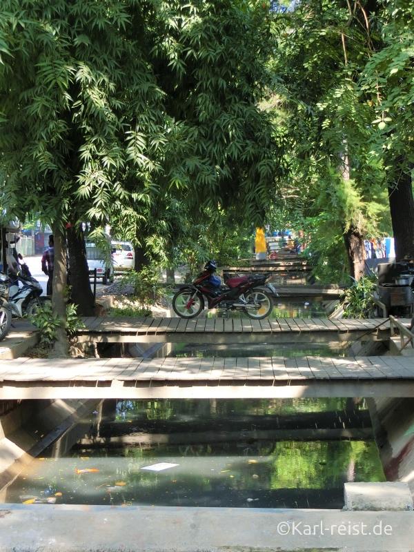 Fluss Abwasserkanals Mandalay