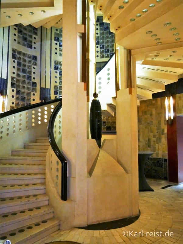 Treppenhaus zum Himmelssaal im Radisson Blu.