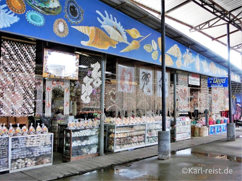Ban Phe Muschelvorhänge auf dem Markt