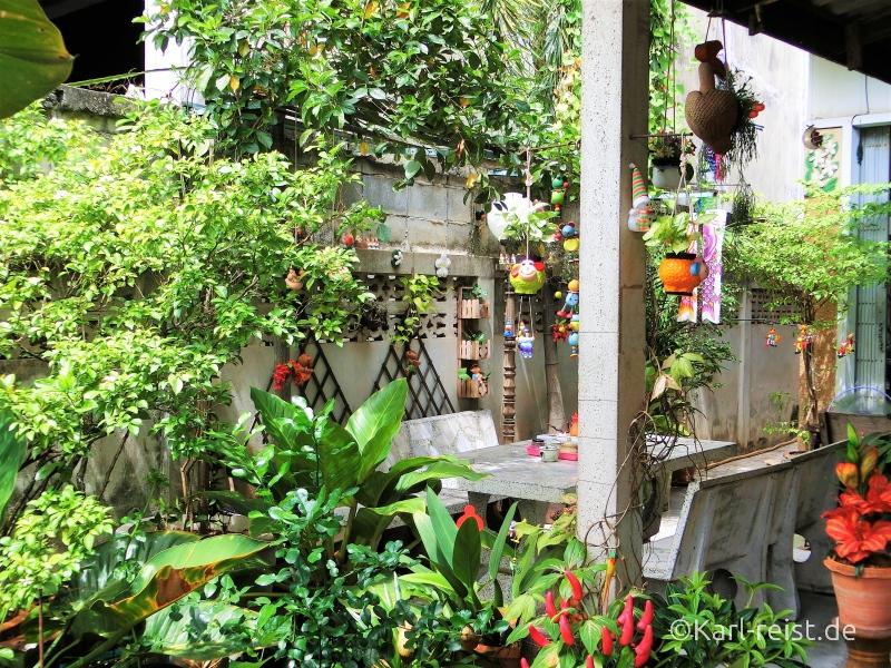 Essen im Restaurant in ban Phe Rayong