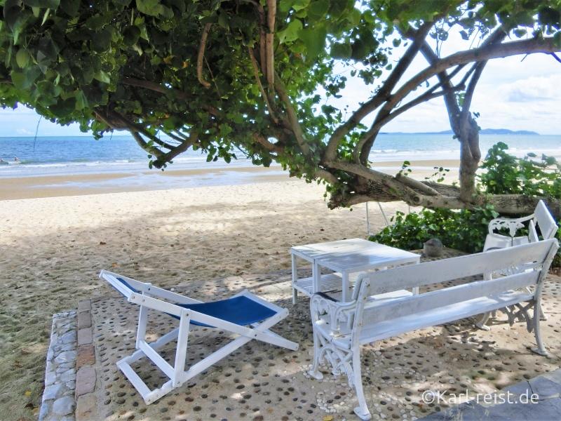 Strand im Novotel Rim Pae Rayong Hotel Resort Klaeng Ban Phe