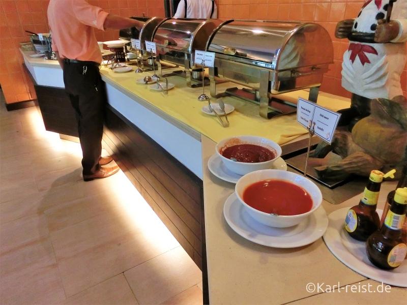 Frühstück im Novotel Rim Pae Rayong Hotel Resort Klaeng Ban Phe