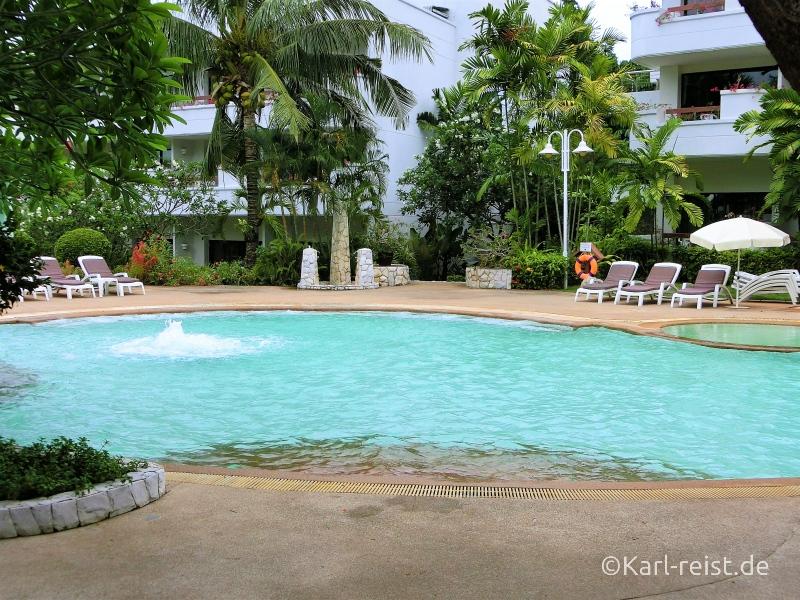 Pool im Novotel Rim Pae Rayong Hotel Resort Klaeng Ban Phe