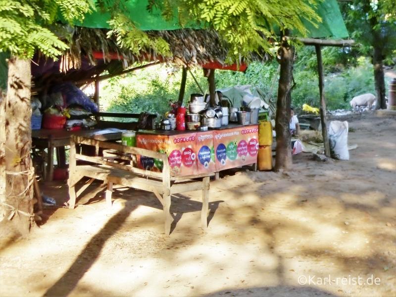 Restaurant auf Inwa