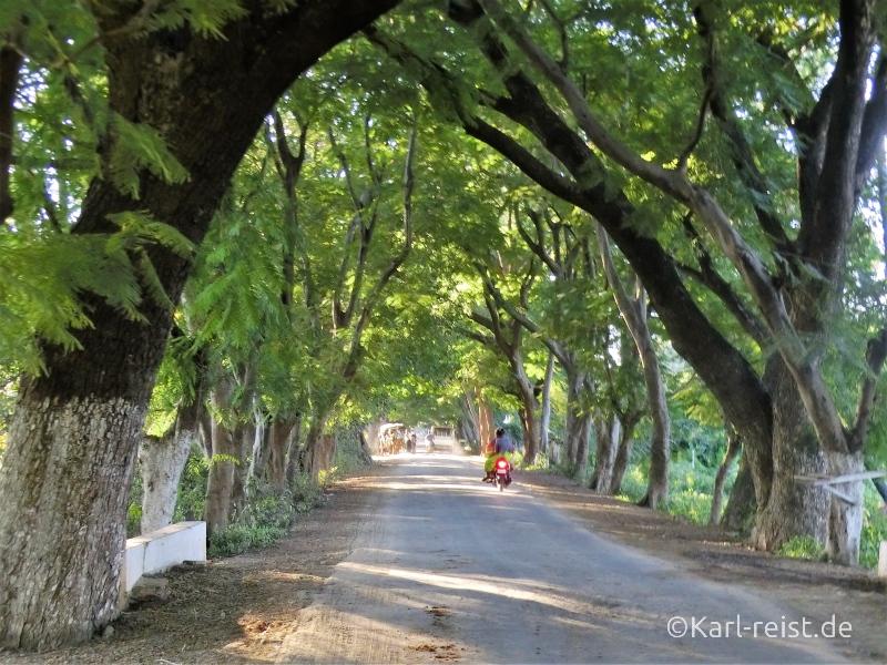 Straße auf Insel Inwa