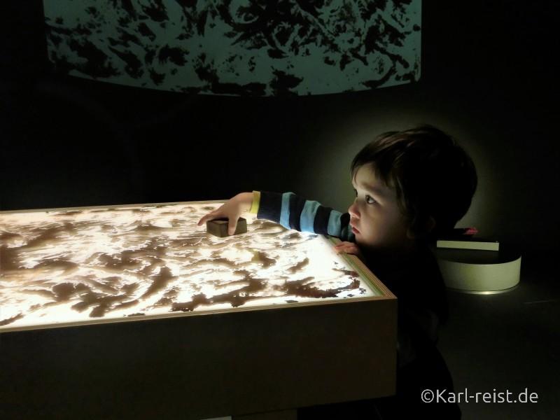 Magnetspiele im Museum of World Culture Museum der Kulturen der Welt Göteborg Sehenswürdigkeit
