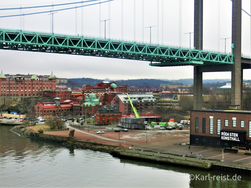 Unter der Brücke Alvsborgsbron fuhren wir hindurch bei der Einfahrt nach Göteborg.