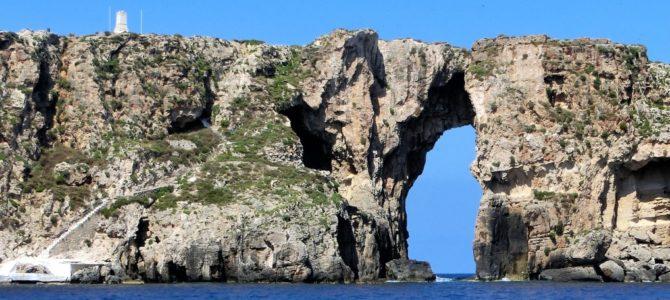 Gewagte Aufstiege in der Bucht von Navarino in Pylos Griechenland