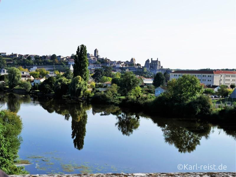 Chauvigny Stadt in Frankreich