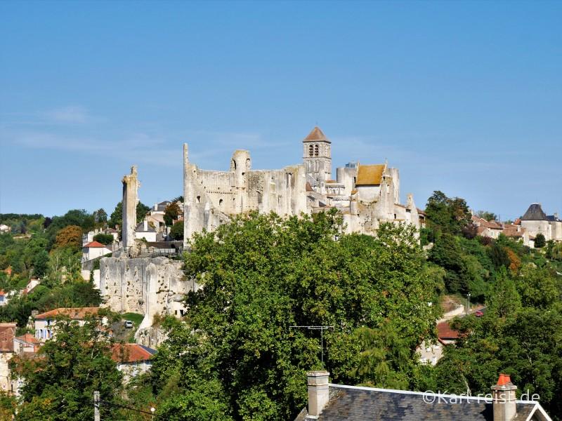 Blick auf die Cite medievale von Chauvigny