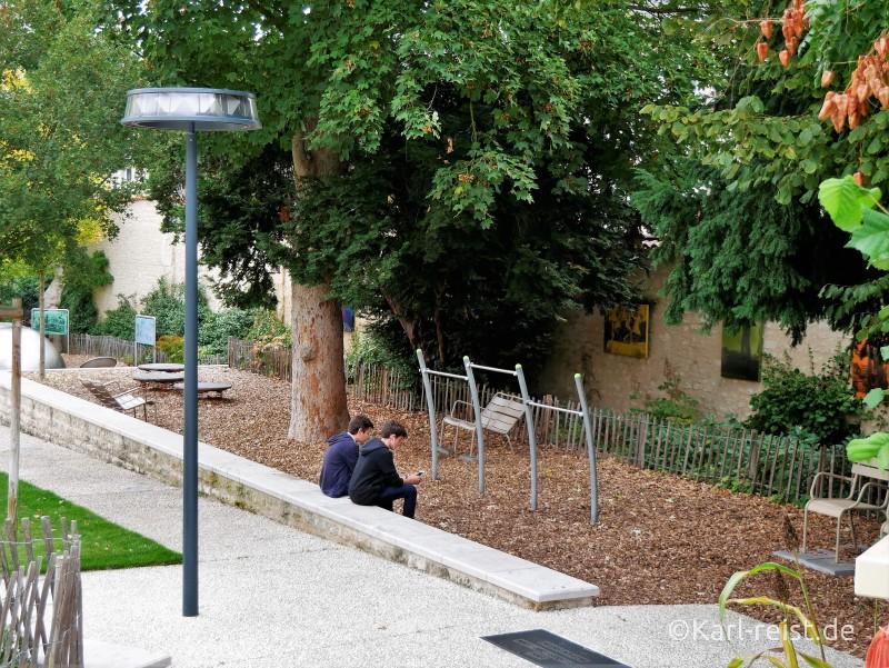 Poitiers Spielplatz Jardin de Puygarreau