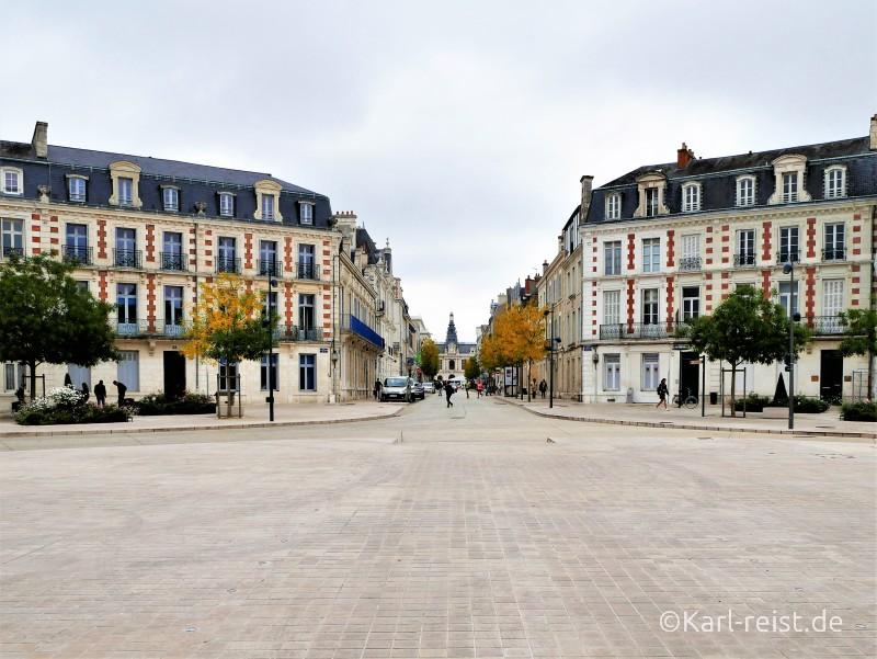 Rue Victor hugo Prefecture Hotel de Ville Rathaus