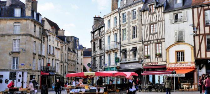 Poitiers in Frankreich – Sehenswürdigkeiten in der charmanten Stadt zwischen Moderne und Historie