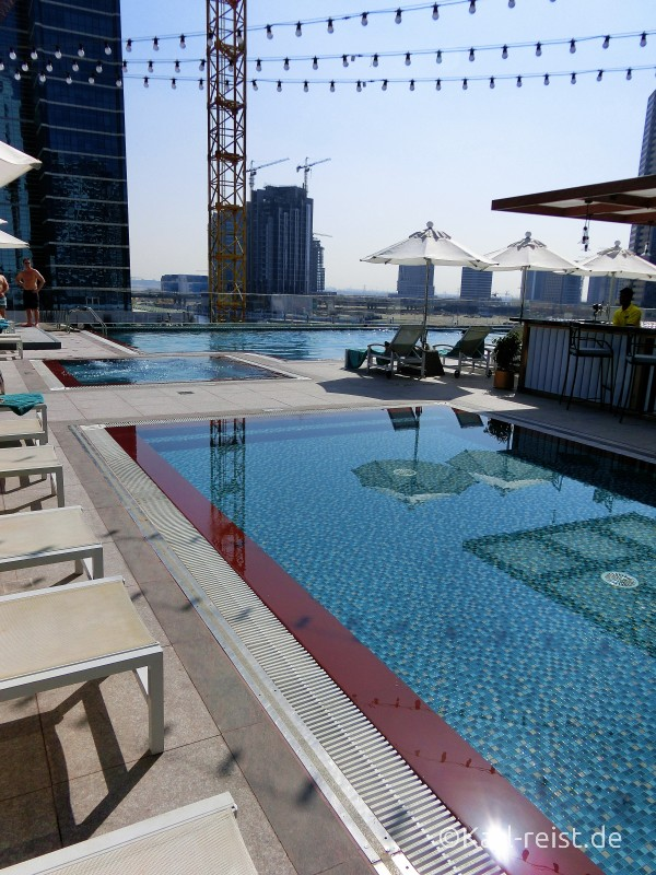 Hotel Steigenberger Dubai Business Bay Pool