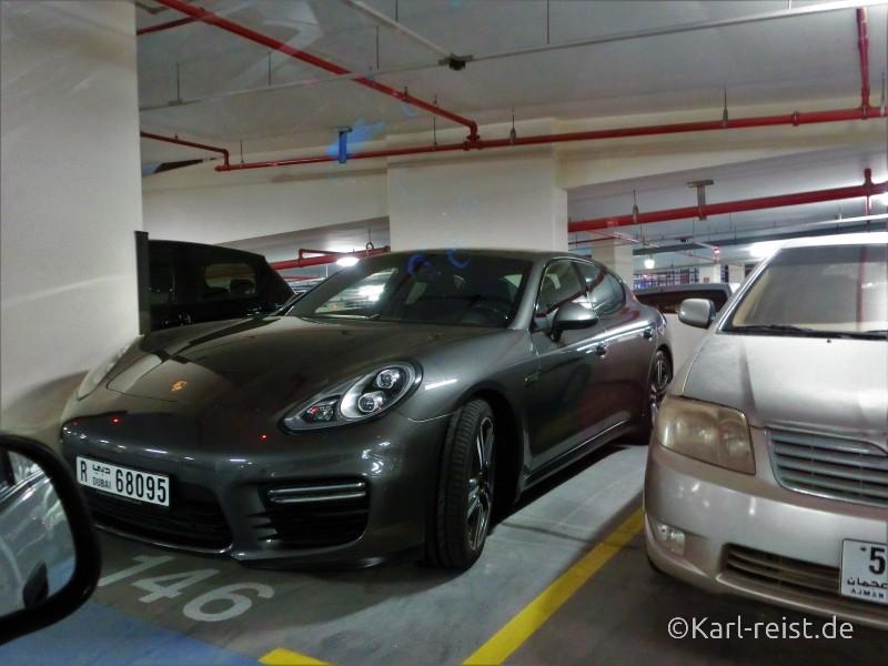 Dubai Autos Porsche