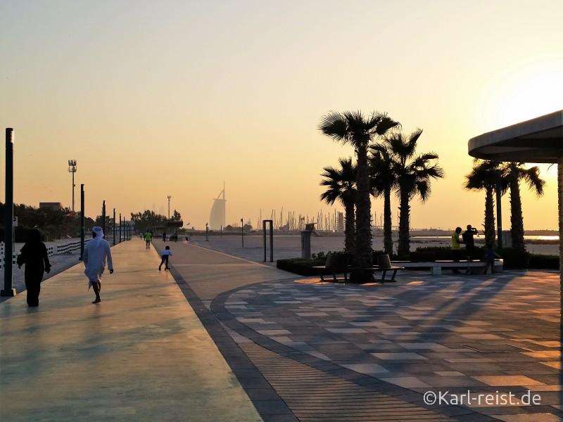 Kite Beach Dubai Sonnenuntergang