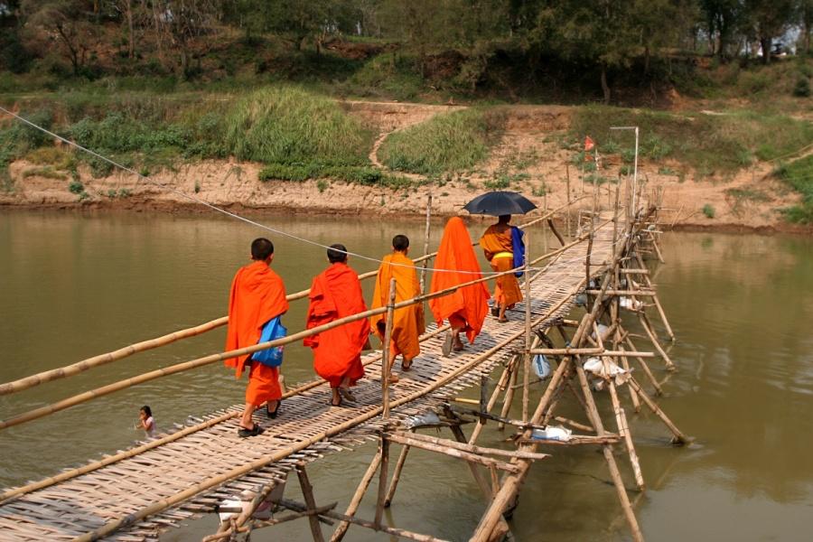 Bambusbrücke Laos Luang Prabang