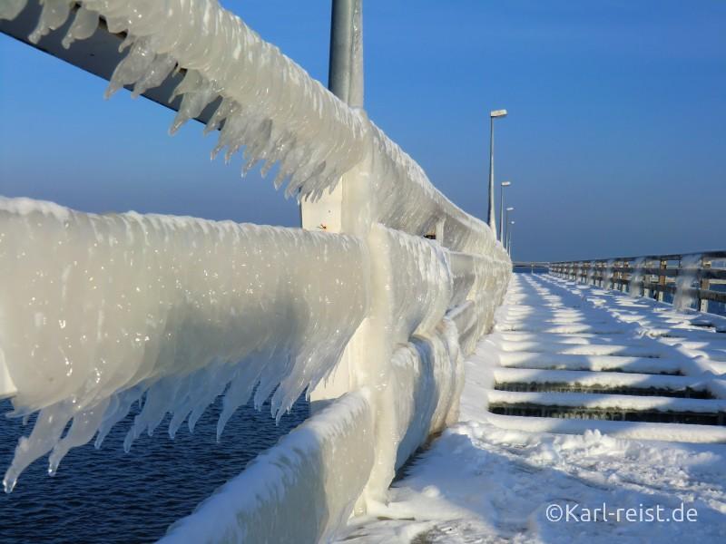 Eis auf der Seebrücke Timmendorfer Strand