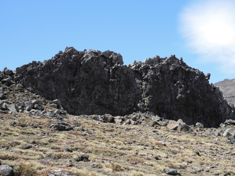 Felswand im Tongariro Nationalpark, eher bekannt als Mordor.