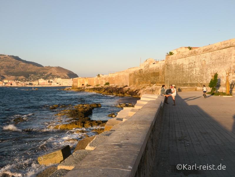Trapani Sizilien Italien Sonnenuntergang Küste Stadtmauer