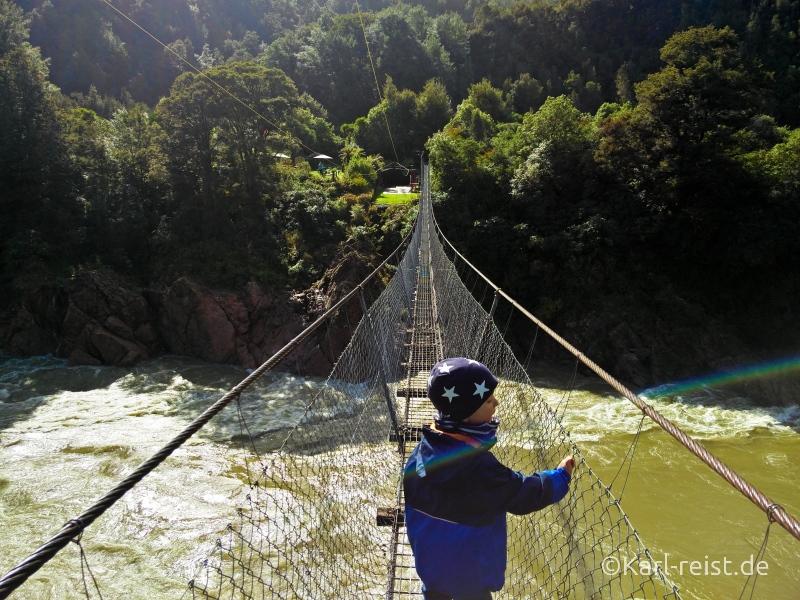 Bild Rundreise Neuseeland Südinsel 3 Wochen Buller Gorge Hängebrücke