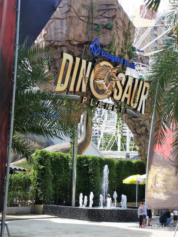 Eingang vom Dinosaur Planet in Bangkok
