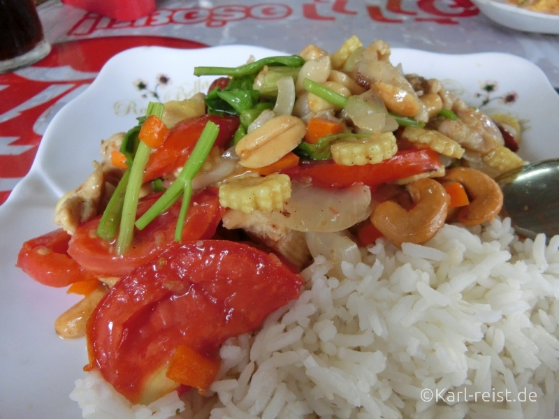 Gai Pad Med Mamuang - Huhn mit Cashewkernen