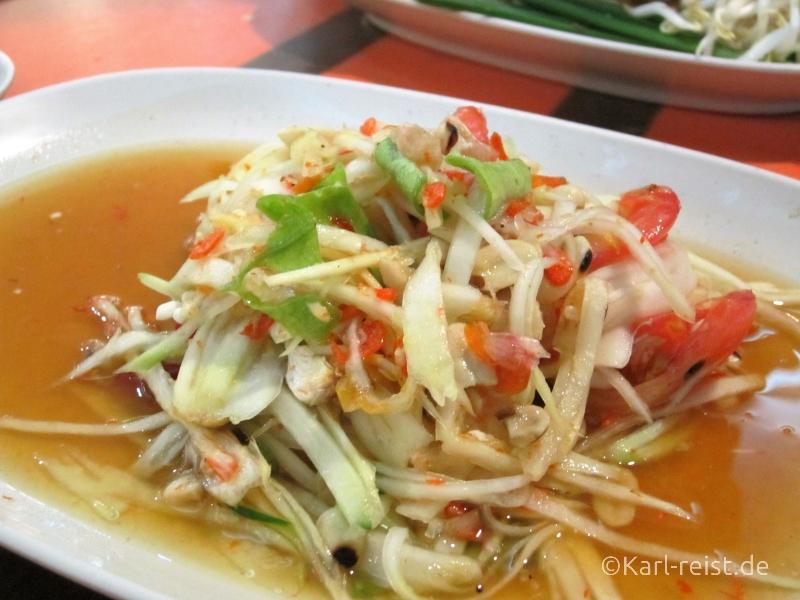 Som Tam Thai - Grüner Papayasalat mit getrockneten Shrimps